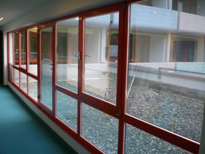 Unterschied der Fenster mit und ohne Sonnenschutzfolie